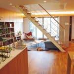 トヨタホーム東京=西大宮のモデル棟で宿泊体験、上質なデザインのリビング空間を体感