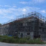 ナイスがJリーグのクラブハウスを施工、鉄骨造にCLT屋根を併用=町田市内で構造見学会を開催